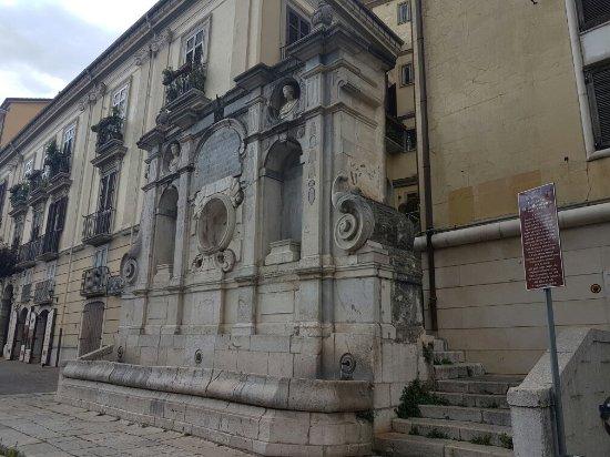 Fontana dei Caracciolo o di Bellerofonte
