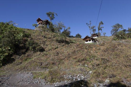 Provincia de Pichincha, Ecuador: Cabañas en medio de la selva talada