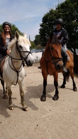 Newquay Riding Stables: Before dismounting after a fantastic time