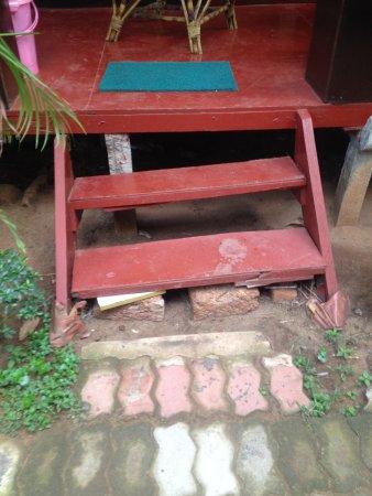 Patnem, India: Gefährliche Treppe
