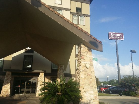 Drury Inn & Suites Lafayette: Exterior