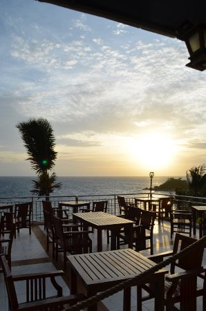 Pinnacle Koh Tao Resort: Sonnenuntergang im Restaurant