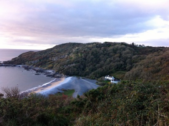 The Valley Hotel Bishopston: Our own secluded beach in Bishopston.. PwllDu