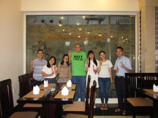 Than Thien Hotel - Friendly Hotel: Tea and Talk #98