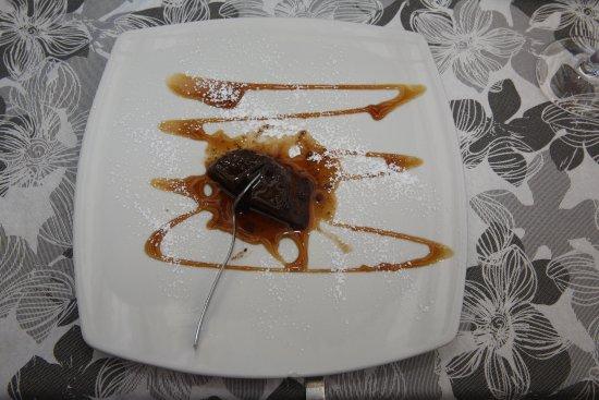 Brunate. Trattoria dei Bracconieri. Bonnet (Chocolat, caramel, biscuits amareto de lait).