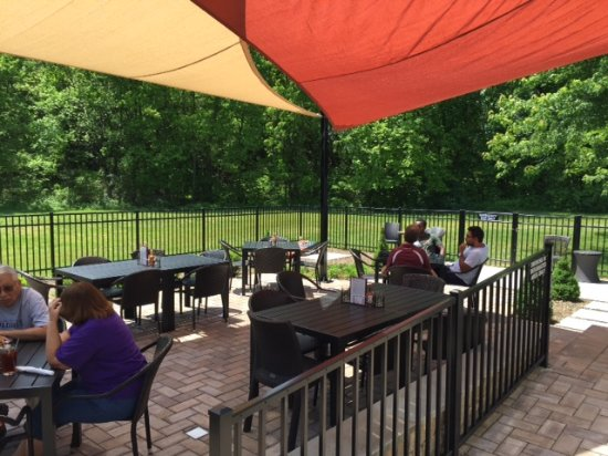 Warrenton, VA: patio with sails