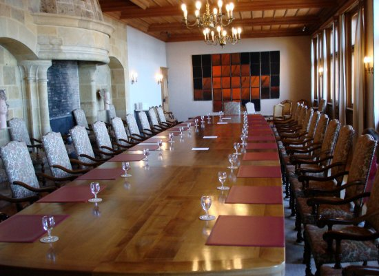 The Chateau : Government meeting room