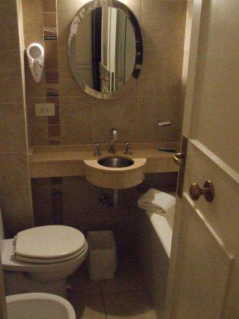 Hotel San Antonio Buenos Aires: Bathroom