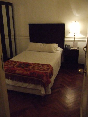 Hotel San Antonio Buenos Aires: Room