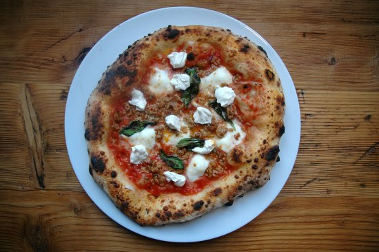 Pizzeria 00: Calabrese