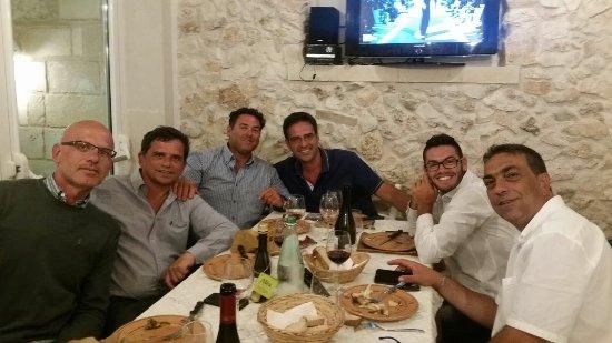 Martano, Italie : IMG-20160716-WA0000_large.jpg