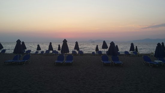 Kipriotis Hotel Rhodes: 20160704_202710_large.jpg