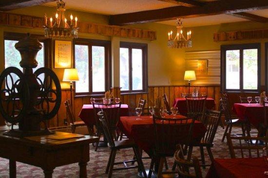 Londonderry, VT: The Red Slate Restaurant
