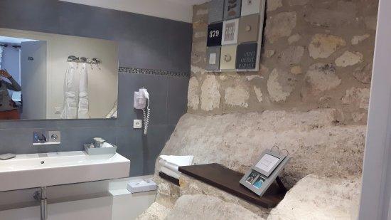 Hotel Le Mas Daigret Salle De Bain Avec Baignoire Balneo