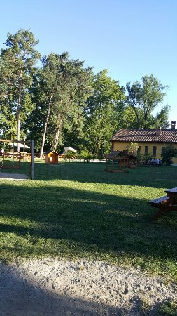 Robassomero, Italy: TA_IMG_20160717_193029_large.jpg