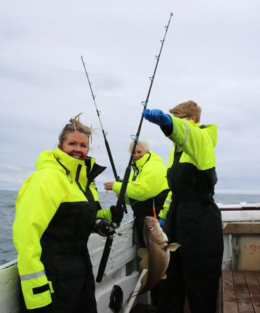 Breiddalsvik, Islandia: Fishing Tour from harbor - I rule the sea in Iceland now, basically.