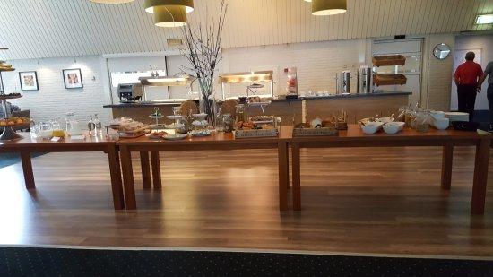Elspeet, Nederland: ontbijtbuffet op donderdag en vrijdag