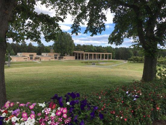 Skogskyrkogården : photo5.jpg