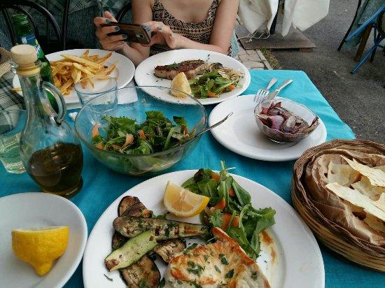Tavola azzurra 2 foto di tavola azzurra 2 santa - Tavola azzurra 3 ...
