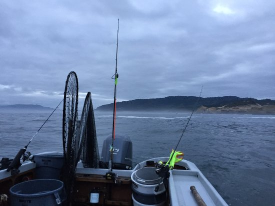 Pacific City, OR: Fun morning of fishing in July!!