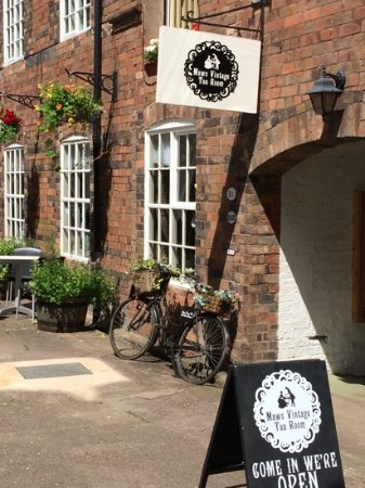 Jackfield, UK: Maws Vintage Tea Rooms