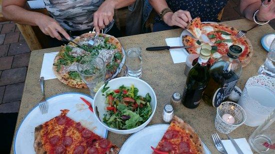 Pizzeria Da Leopoldo: DSC_0182_large.jpg