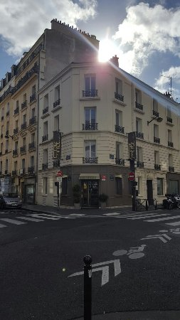 Le Fabe Hotel: 20160702_091813_large.jpg