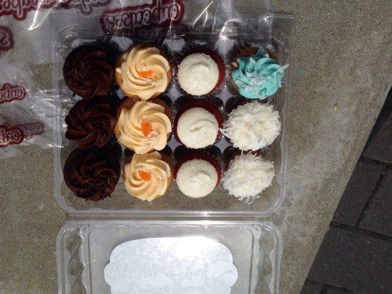 Cupcakes at Highstreet: photo0.jpg