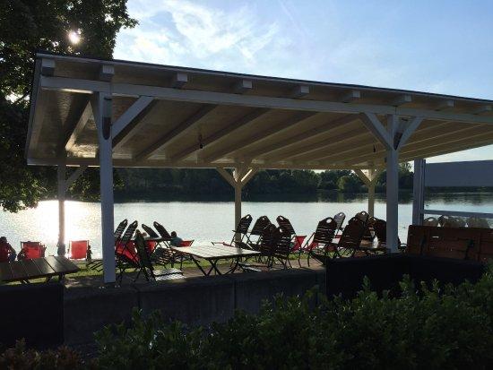 Karlsfeld, Alemania: Top Lage am See