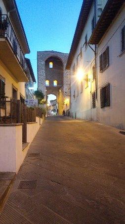 Lastra a Signa, Italia: 20160717_211649_HDR_large.jpg