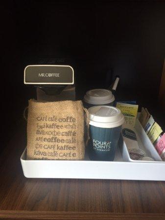 Charleston, WV: Coffee/tea n room