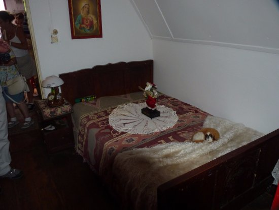 Madeira Happy Tours - Day Excursions: Inside the house 1