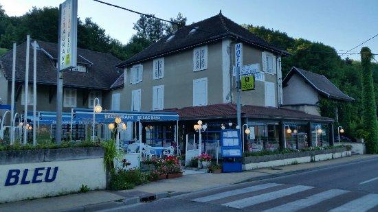 Charavines, Frankrike: Le Lac Bleu