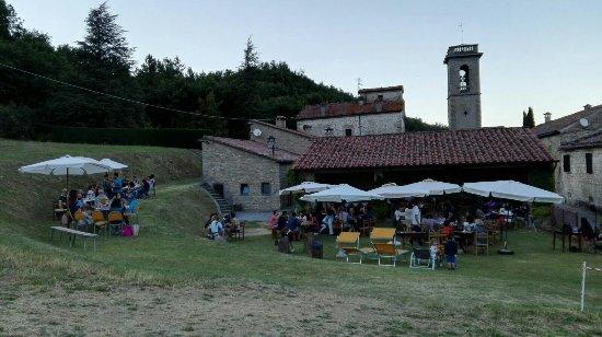Marradi, Italia: Aperitivo della domenica