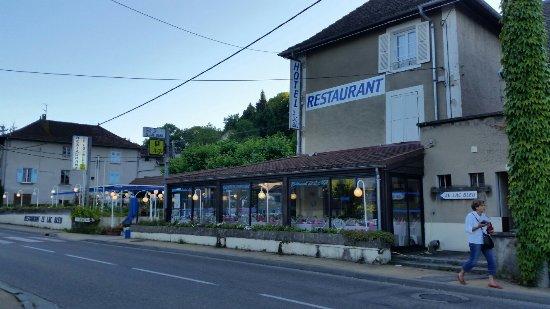 Charavines, Francia: 20160717_195022_large.jpg