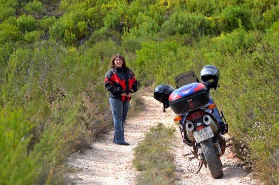 Bot River, Südafrika: Nice dirt track for adventure bikers.