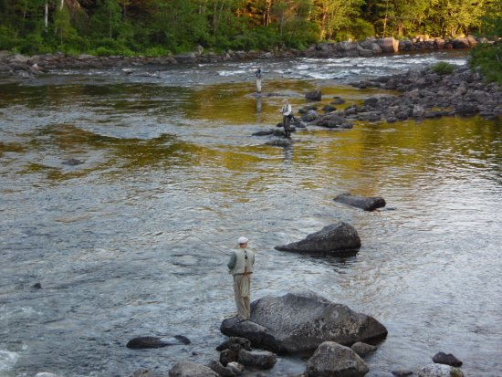 Andover, ME: Fly fishing for trout and Salmon below the Middle Dam