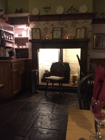 Coach and Horses Inn: Fabulous country pub