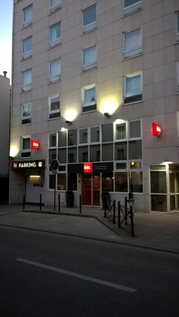 Chambre picture of ibis paris porte de vanves parc des for Parking parc expo porte de versailles