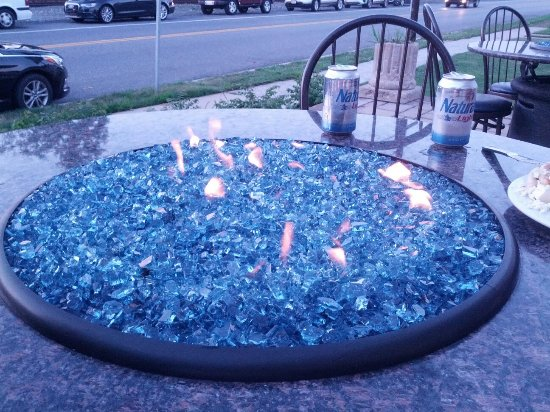 Mechanicsburg, PA: One of the Hot Tables outside.