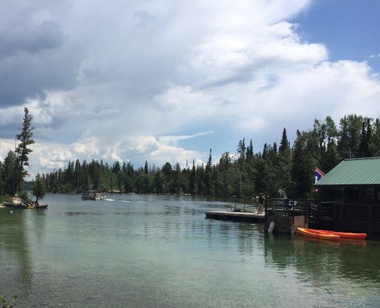 Jenny Lake: Boats and tourist ferry launch site