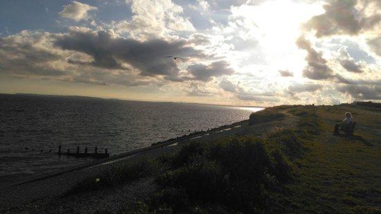 Milford on Sea, UK: IMG_20160717_192336_large.jpg