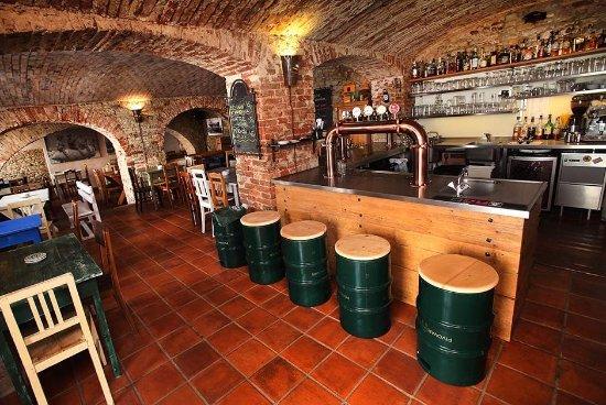 Melnik, Czech Republic: Němý Medvěd Beer Bar