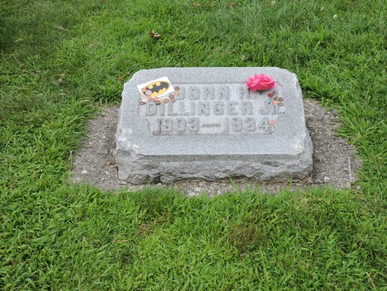 Crown Hill Cemetery: There are thieves....