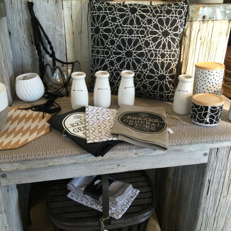 Exeter, Australia: homewares