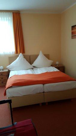 Villa Strandkorb Hotel Garni: 20160709_174809_large.jpg