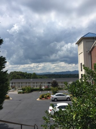 Holiday Inn Express Dahlonega: photo1.jpg