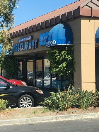 South Gate, CA: Ostioneria El Compa