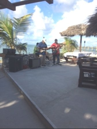 Small Hope Bay Lodge: Live music