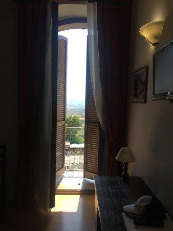 Hotel Windsor Savoia: balcony